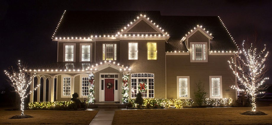 Rising Adoption of Cost-Efficient Products Strengthening the Outdoor Lighting Market Growth