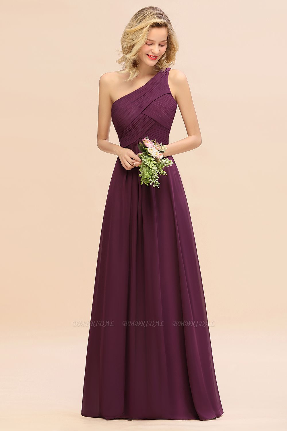 How To Choose A Bridesmaid Dress For Different Wedding Venues