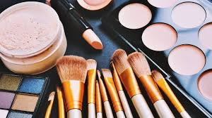 Vegan Makeup Market to Witness Huge Growth by 2025: Key Players- Estée Lauder, Lush Retail, Urban Decay & Ecco Bella