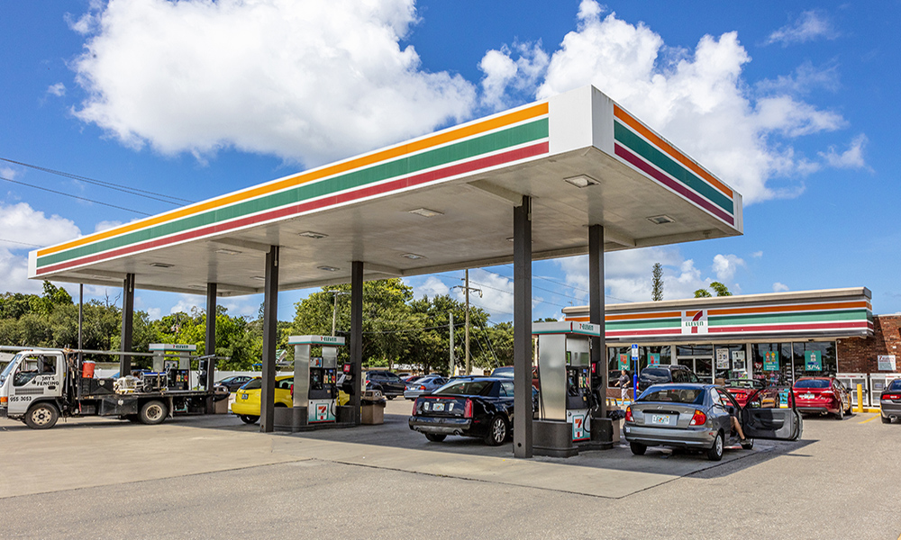 Hanley Investment Group Arranges Sale of 7-Eleven in Sarasota, Florida