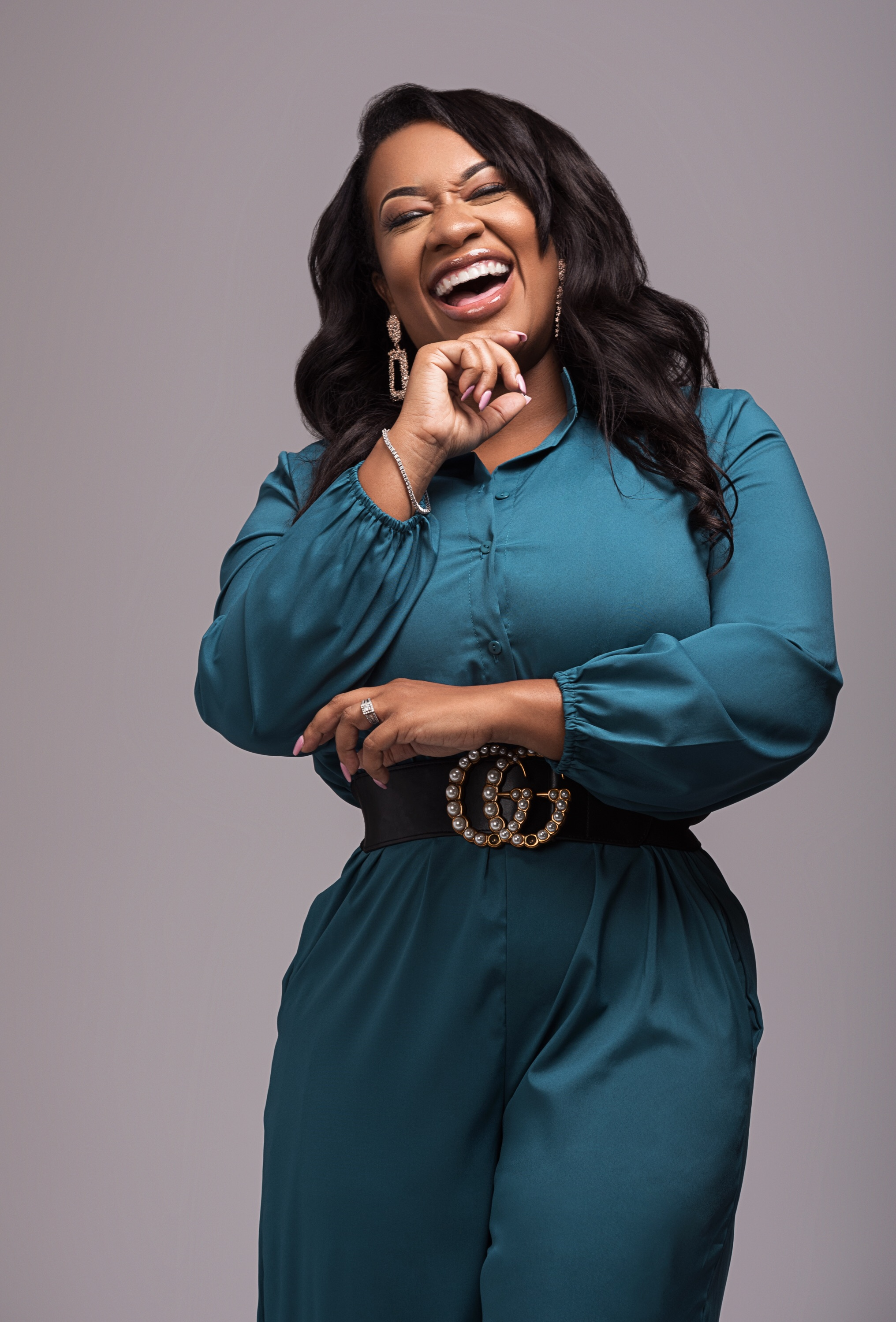 Dr. Ashanti Odom-Pitts continues her drive to empower single moms to greatness with her coaching programs