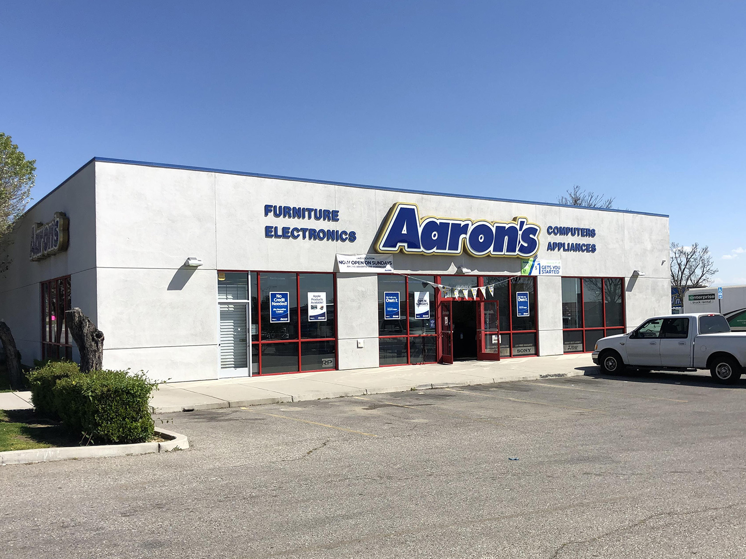 Wood Investments Companies Acquires Value-Add, Single-Tenant Retail Property in Bakersfield, Calif.