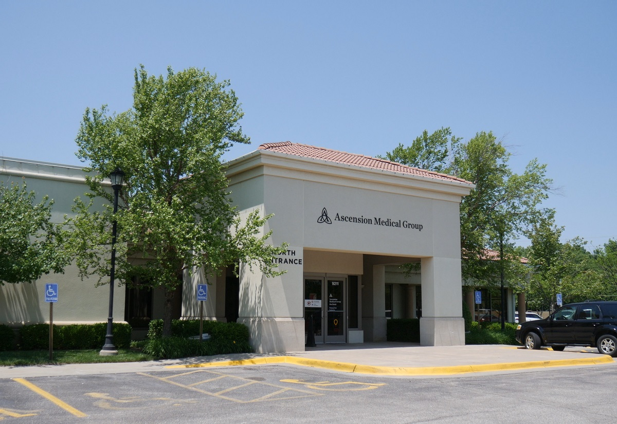 The Boulder Group Arranges Sale of Net Leased Integrated Healthcare Systems