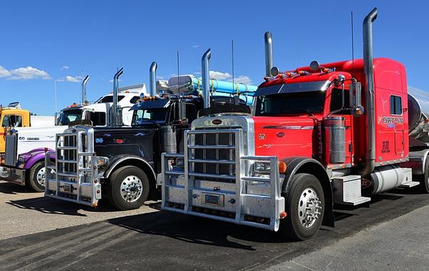Recourse And Non-Recourse Factoring For Trucking Companies