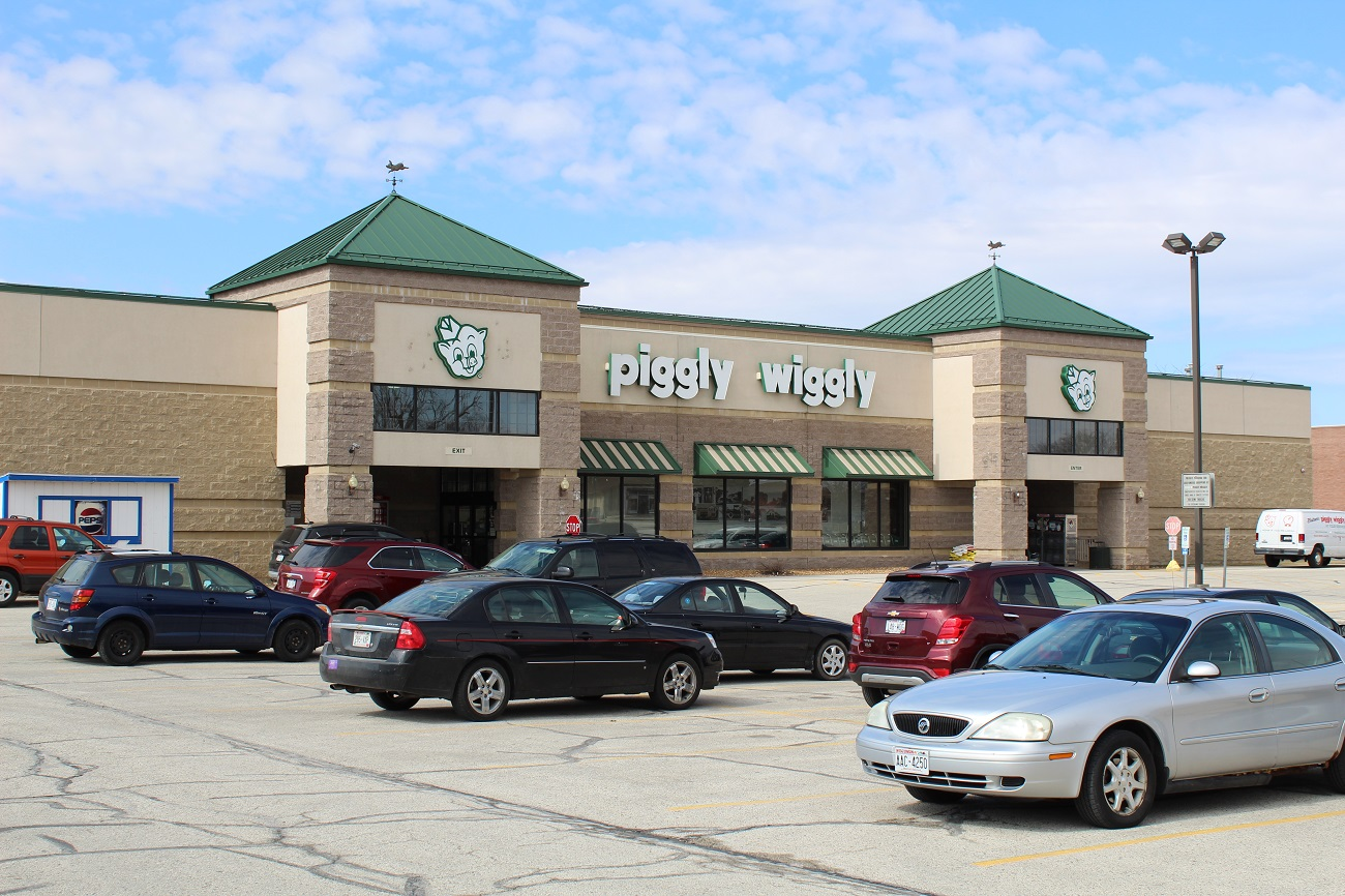 The Boulder Group Arranges Sale of a Net Lease Piggly Wiggly Grocery Store
