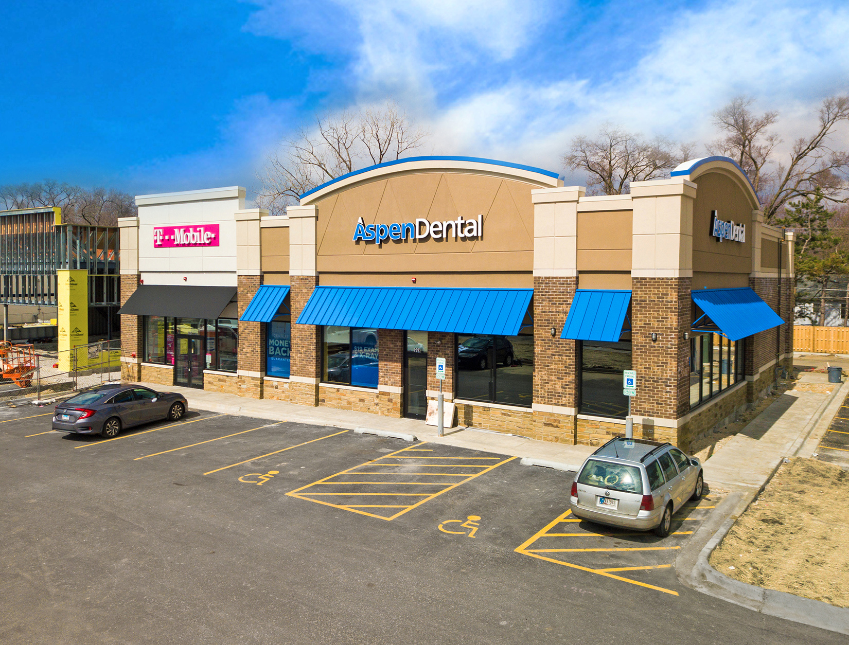 Hanley Investment Group Arranges Sale of Brand-New Two-Tenant Aspen Dental and T-Mobile in Chicago Metro Area to California Buyer for $3.1 Million