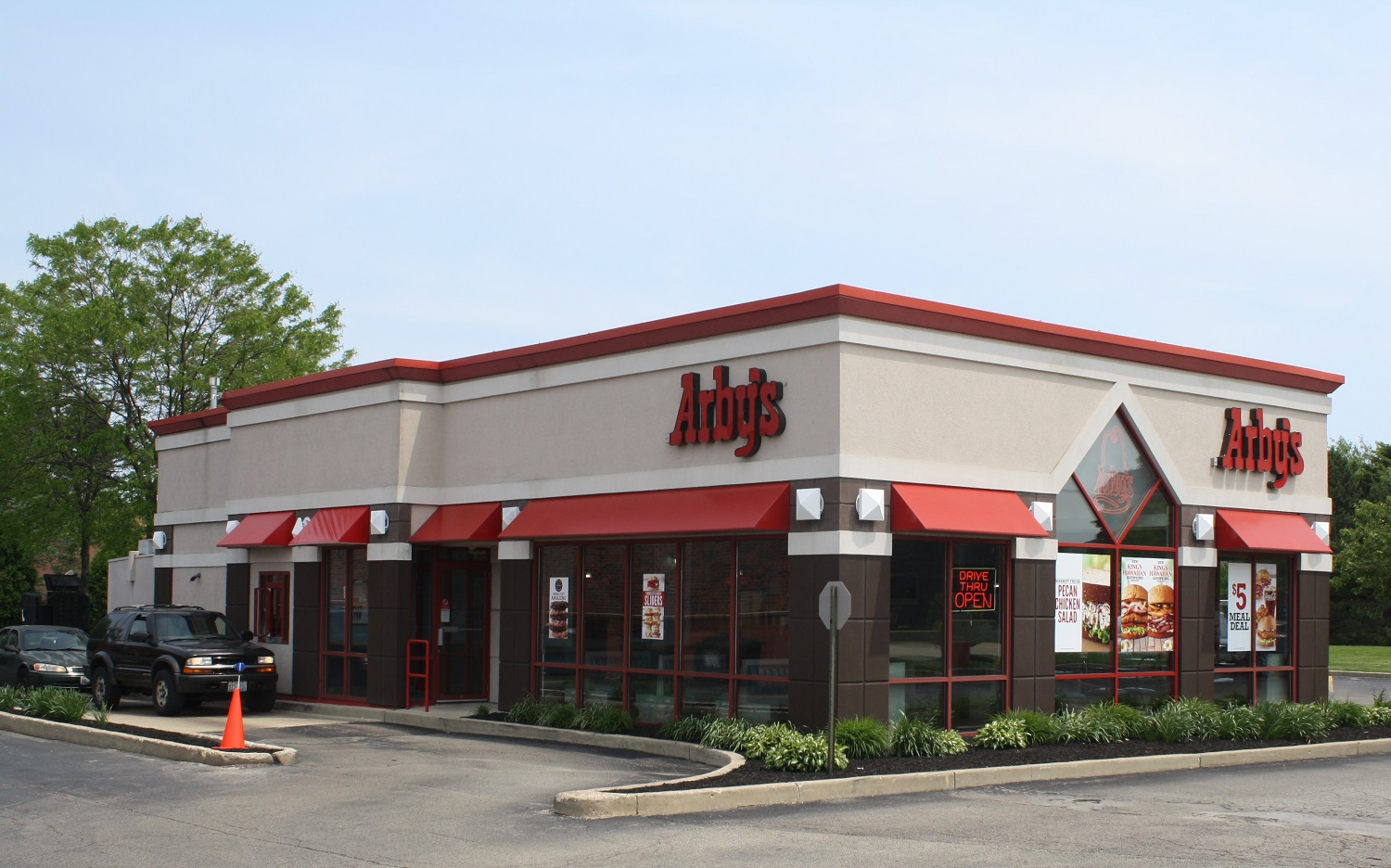 The Boulder Group Arranges Sale of Net Lease Chicago MSA Arby's Property