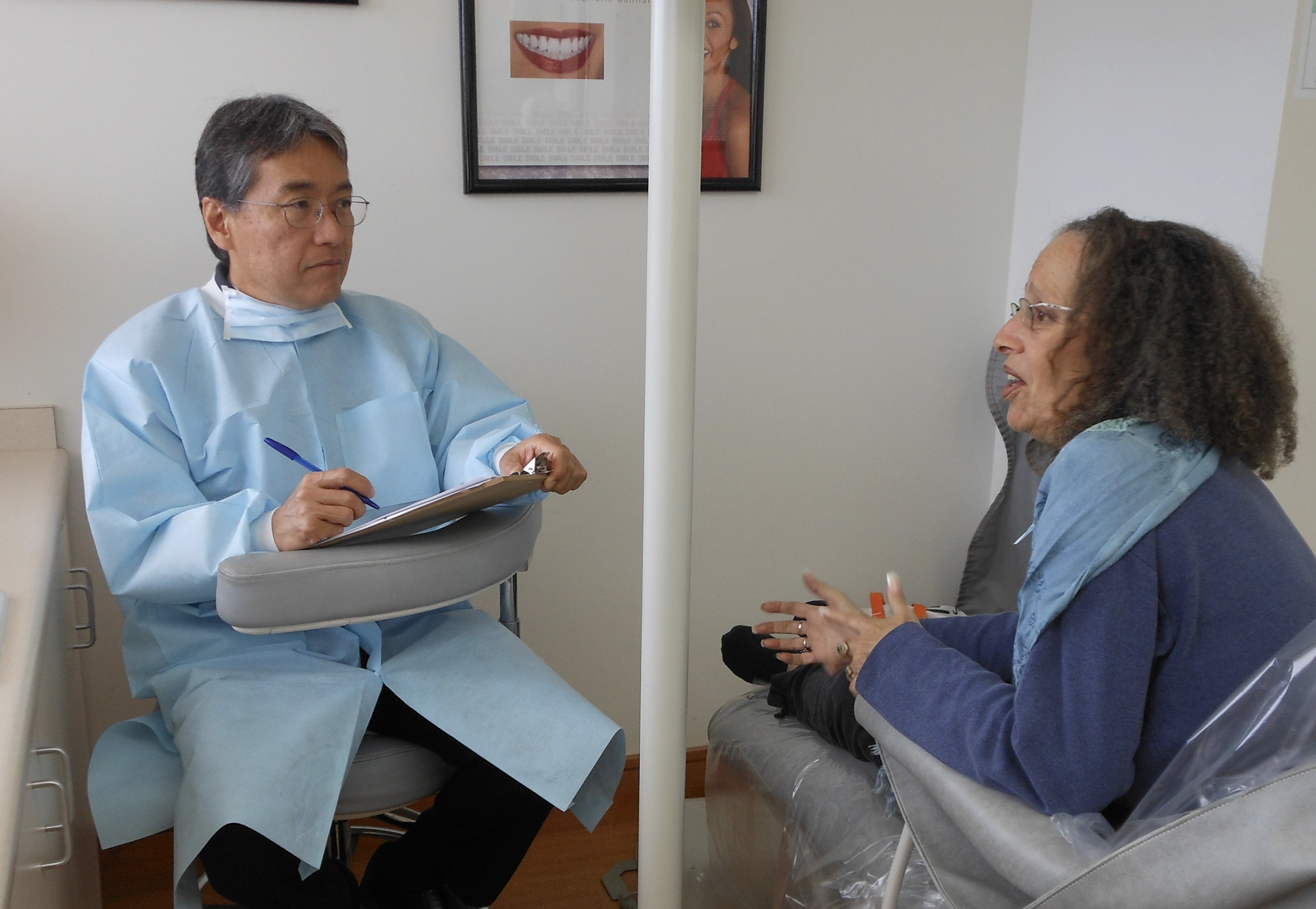 Dentist from Wailuku Maui HI Educates the Public on Using Legitimate Teeth Whitening Procedures