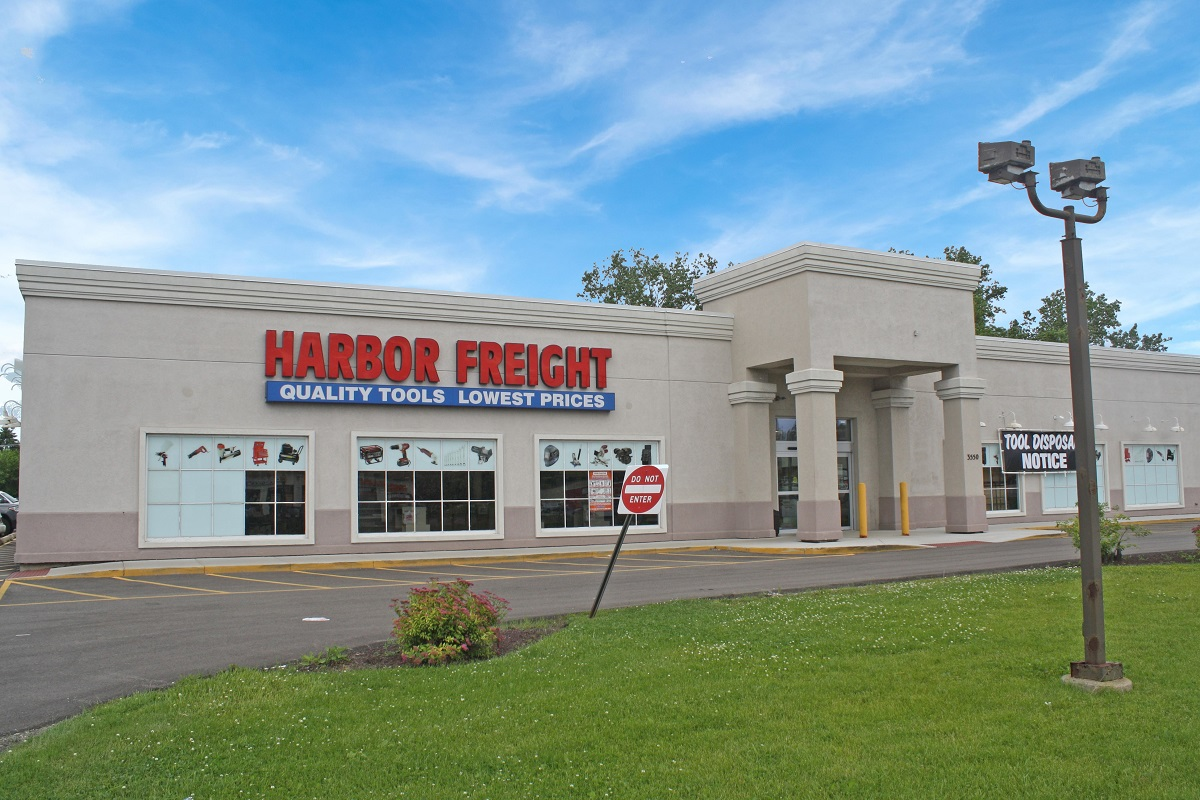 The Boulder Group Arranges Sale of Harbor Freight Tools Property