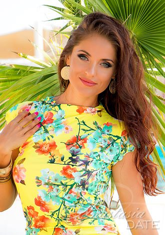 AnastasiaDate Reveals Grand Plans for Valentine's Day as Members Prepare to Share Love, Selfies and Video Chats