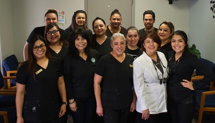 Dentist in El Paso Gave Away Free Dentistry at 8th Annual Free Emergency Dentistry Day Event
