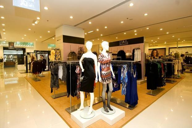 Luxury Fashion Market to Witness Stunning Growth | Louis Vuitton, Hermes, Gucci, Chanel, Rolex