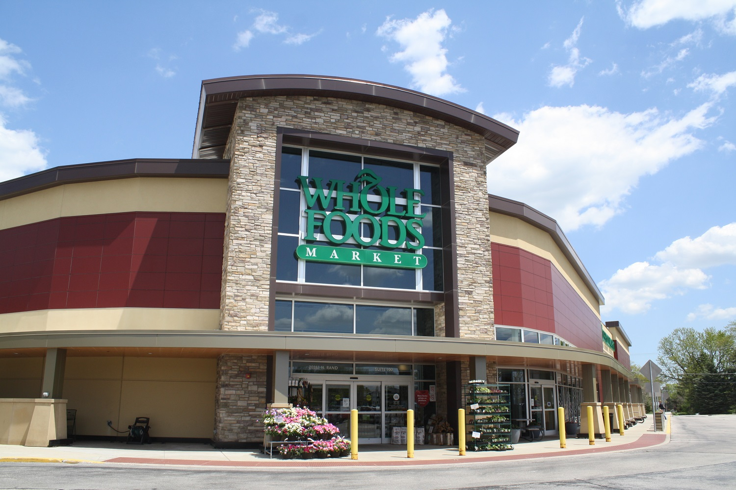 The Boulder Group Arranges Sale of a $24 Million Net Lease Whole Foods Grocery Property