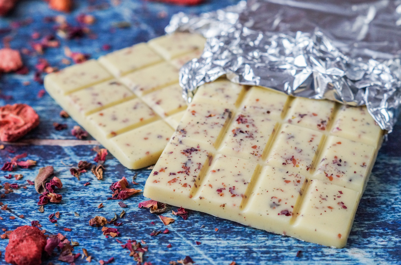 Why White Chocolate Market is Growing So Rapidly? Top Players: Blommer, Agostoni, Hershey Company