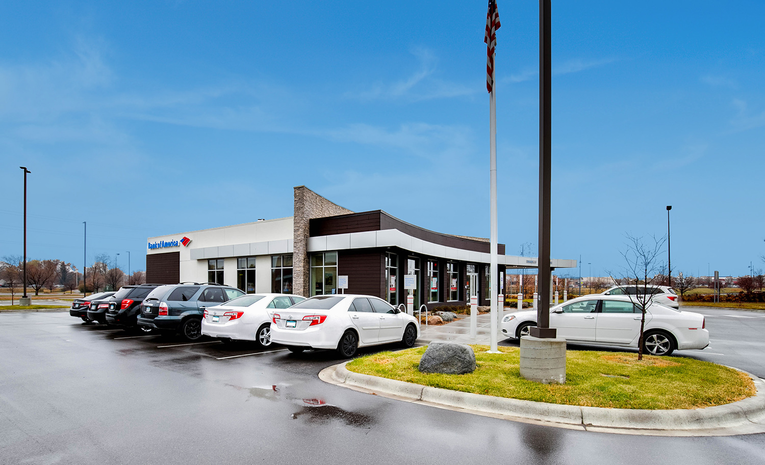 Hanley Investment Group Arranges Sale of New Construction Bank of America in Minneapolis Metro for $2.7 Million
