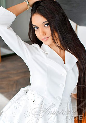AnastasiaDate Invites Members Staying Home to Chat About Their Dream Trips on May 1st and Boost the Togetherness Online