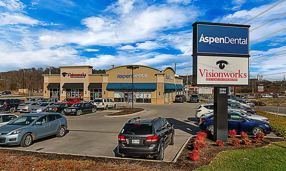 Hanley Investment Group Arranges Sale of Two Multi-Tenant Retail Pad Buildings to Walmart Supercenters for $7 Million in the Southeast