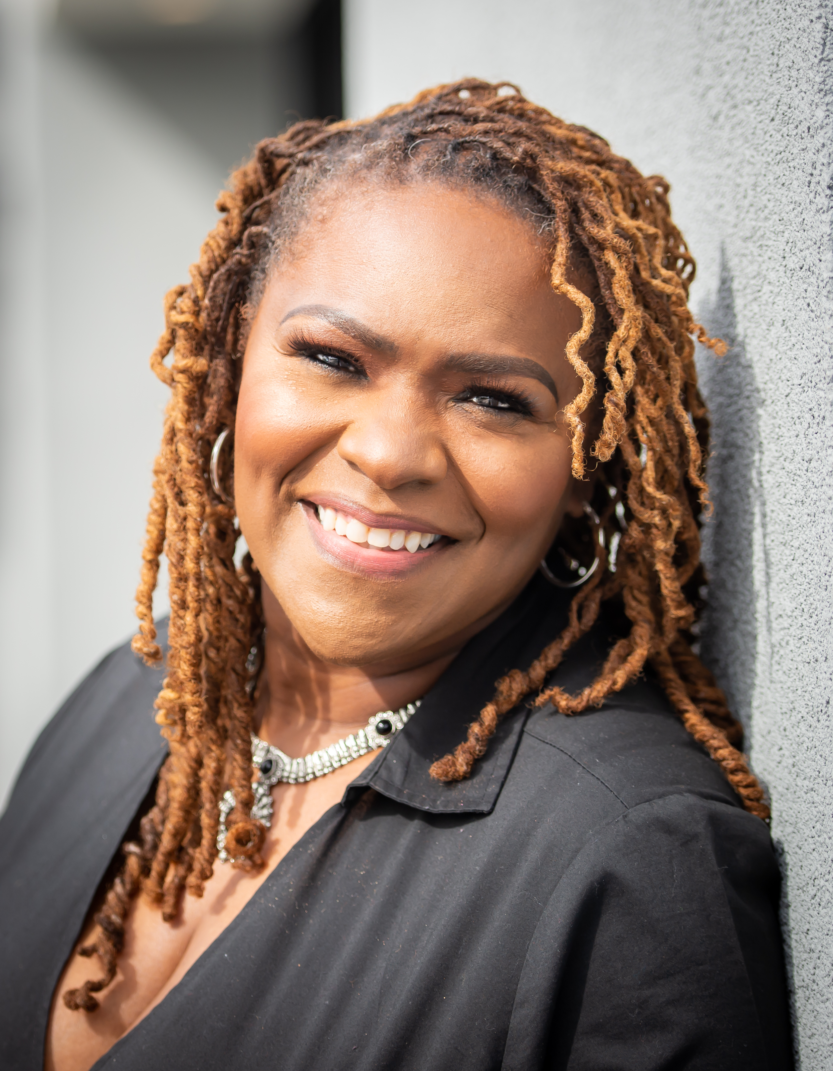 Prominent Author and Speaker, Deloria Nelson Streete, is Set to Launch Her Book: 'From Six figures to Food Stamps to Six Figures' on June 1, 2020.