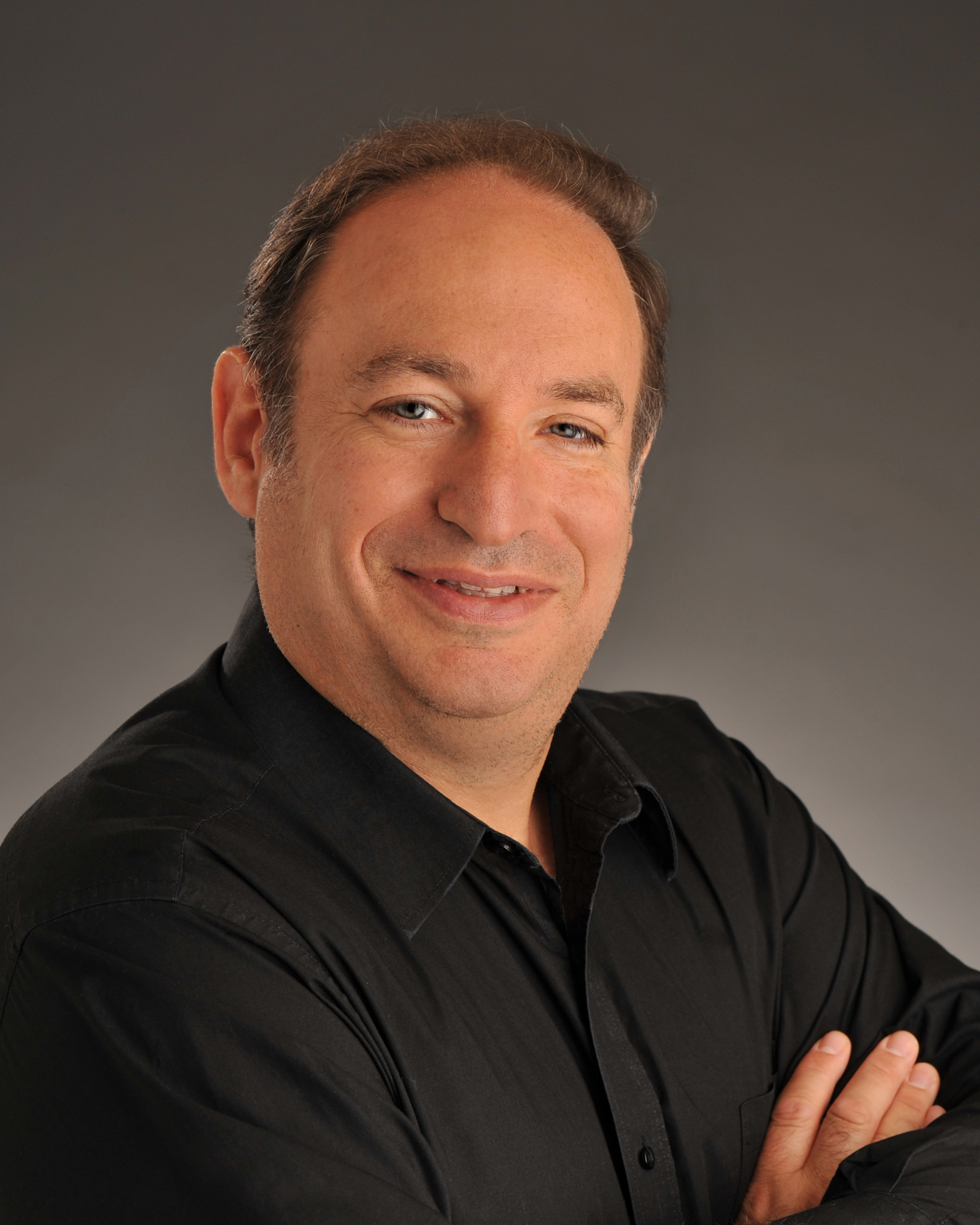 Ronnie Baras Entertains Using Top-Notch Hypnosis, Hypnotherapy, and Mentalism