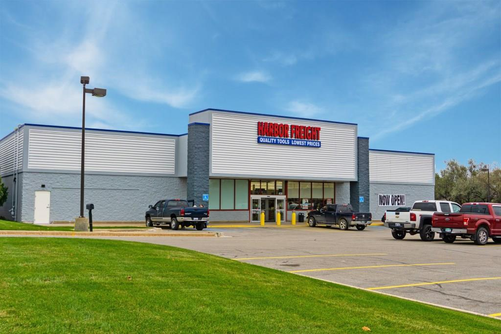 The Boulder Group Arranges Sale of Net Leased Harbor Freight Property