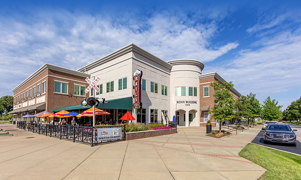 Hanley Investment Group Arranges Sale of Mixed-Use Community Center in Affluent Indianapolis Suburb