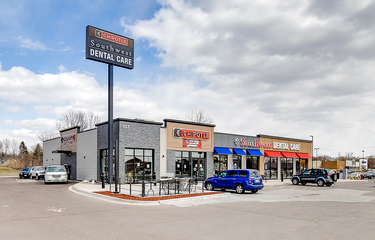 Hanley Investment Group Arranges Sale of Two-Tenant Chipotle and Heartland Dental in Twin Cities Metro for $3.4 Million