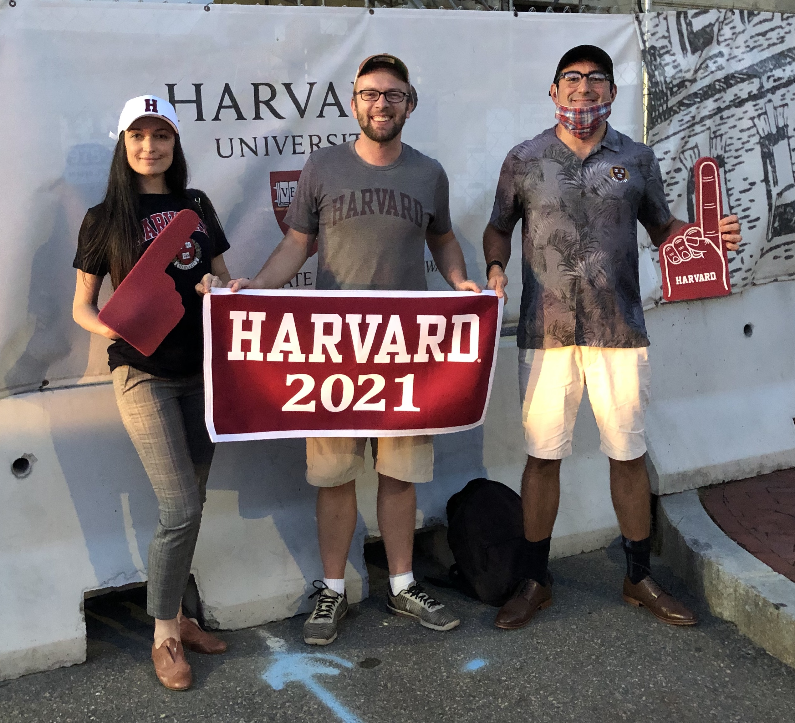 Jacob Khan, alongside other Harvard Grad Students, welcomes Harvard class of 2024 during COVID-19