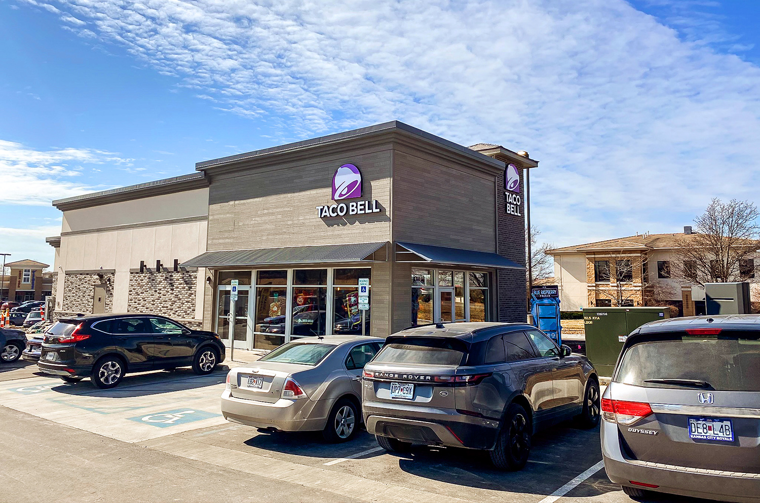 Hanley Investment Group Arranges Sale of New Construction, Two-Tenant Taco Bell and Scooter's Coffee Drive-Thrus in Grocery-Anchored Shopping Center in Kansas City Metro for $3.3 Million