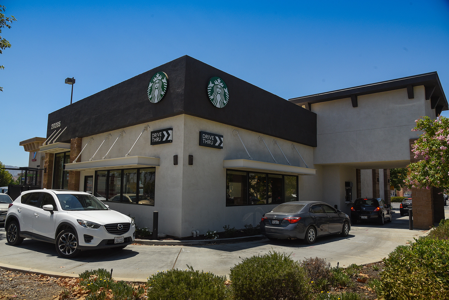Hanley Investment Group Sells Single-Tenant Starbucks Drive-Thru at Costco-Anchored Shopping Center in Inland Empire for $3.8 Million