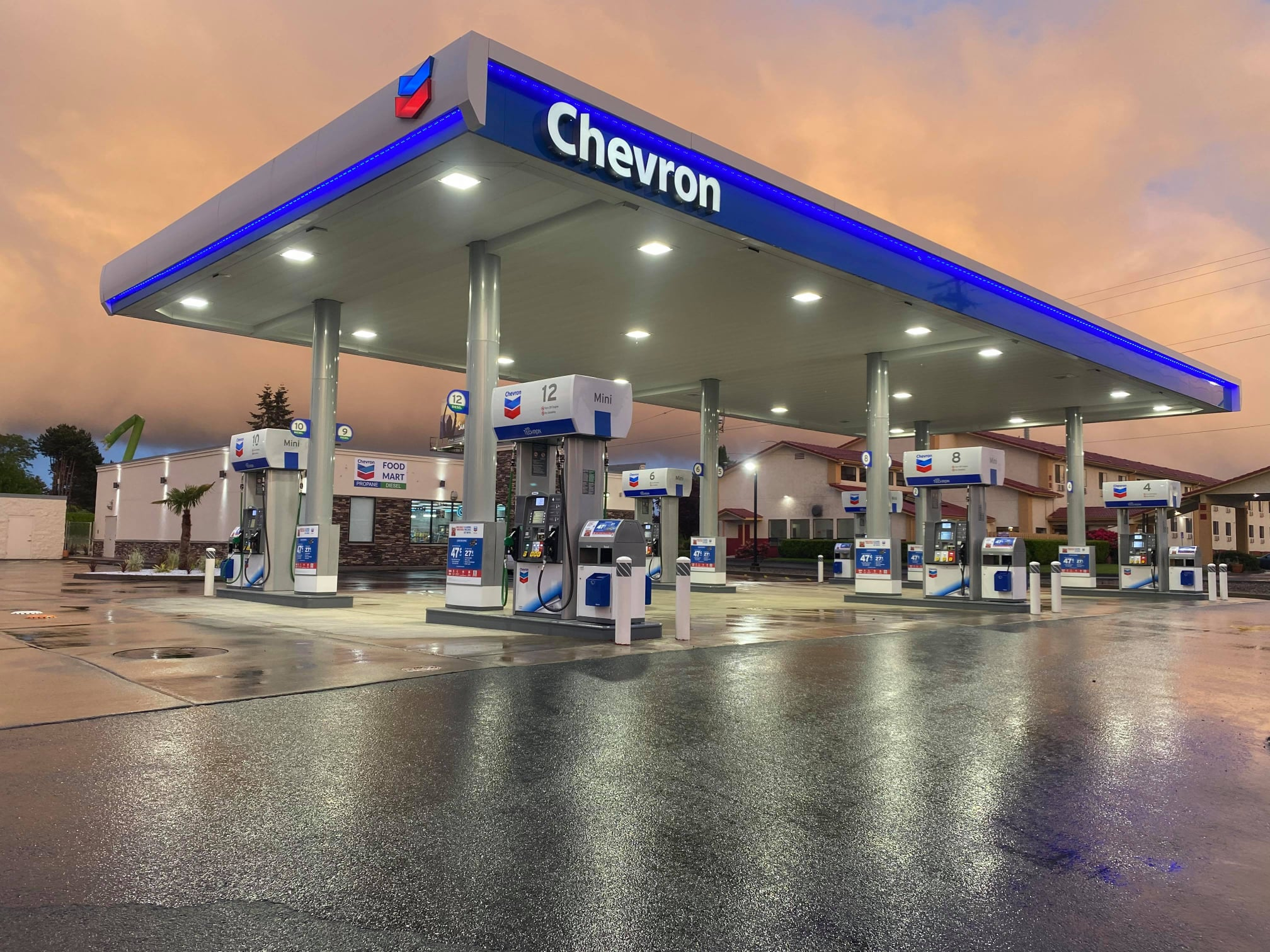 Chevron Salem Goes Nearly Touchless at The Pump in During Covid-19 Pandemic