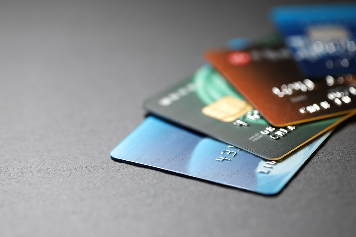 Payment Card Market Swot Analysis by Key Players: MasterCard, Visa, American Express