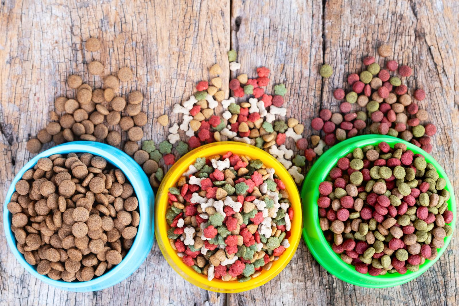 Pet Foods Market Booming Segments; Investors Seeking Astonishing Growth: Diamond Pet Foods, Unicharm, Mars Petcare, Nestle Purina Petcare