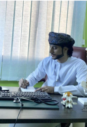 Dr Salim Rashid Making Waves as a Rising Social Media Star Across The GCC