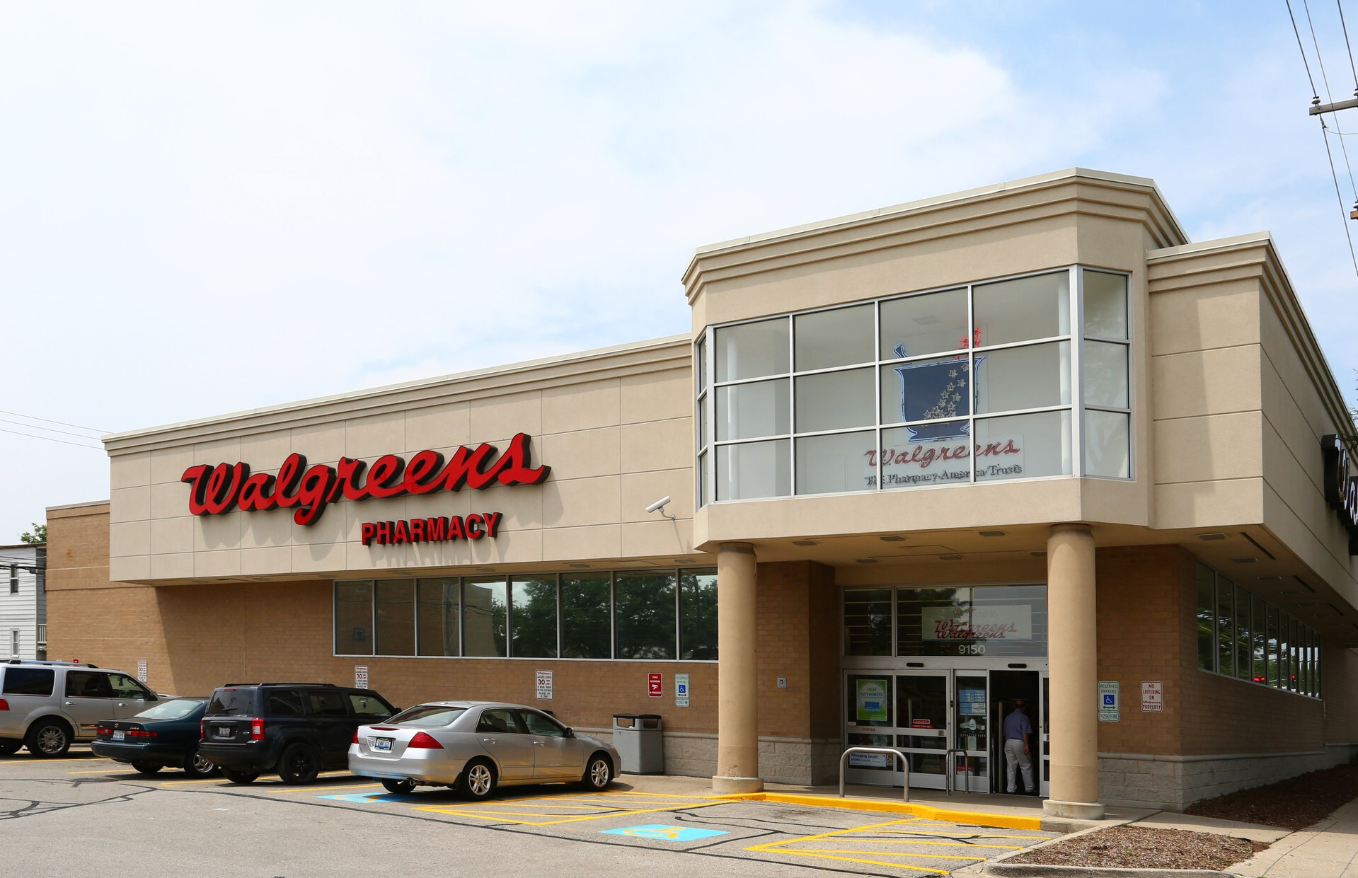 The Boulder Group Arranges Sale of Net Leased Suburban Chicago Walgreens Property