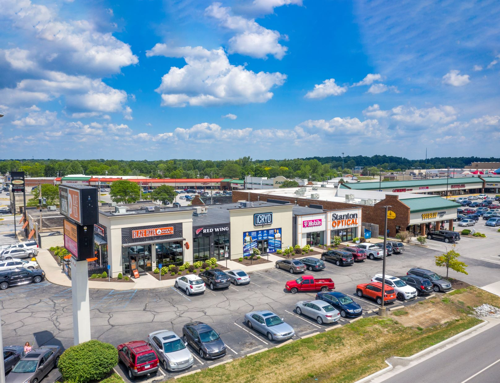 Hanley Investment Group Sells Two Multi-Tenant Retail Properties in Fort Wayne, Indiana for $11.8 Million to International Buyer