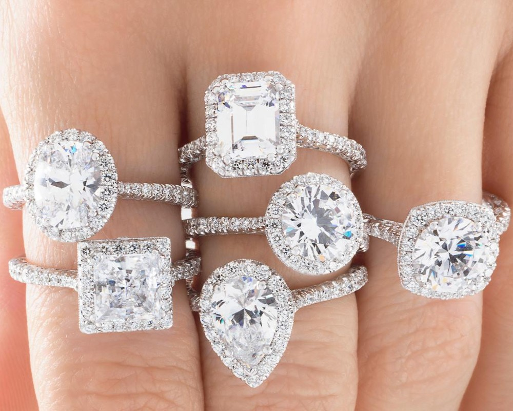 Introducing Diamond Exchange Houston, dealers in wholesale diamond, custom jewelry, among other quality services