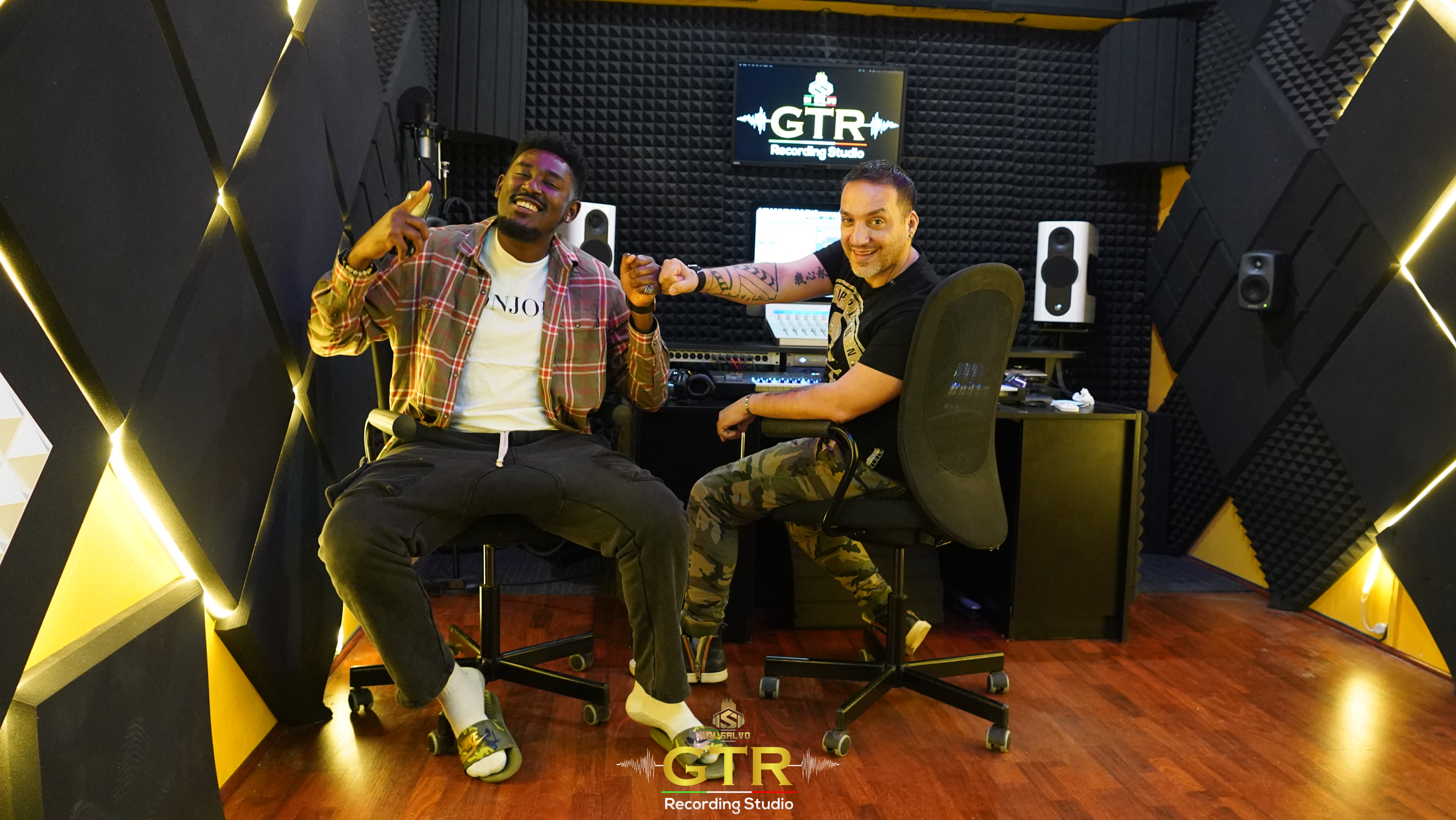 GTR Recording Studio Introducing a Recording Interface to Set off Aspirant's Dream Career