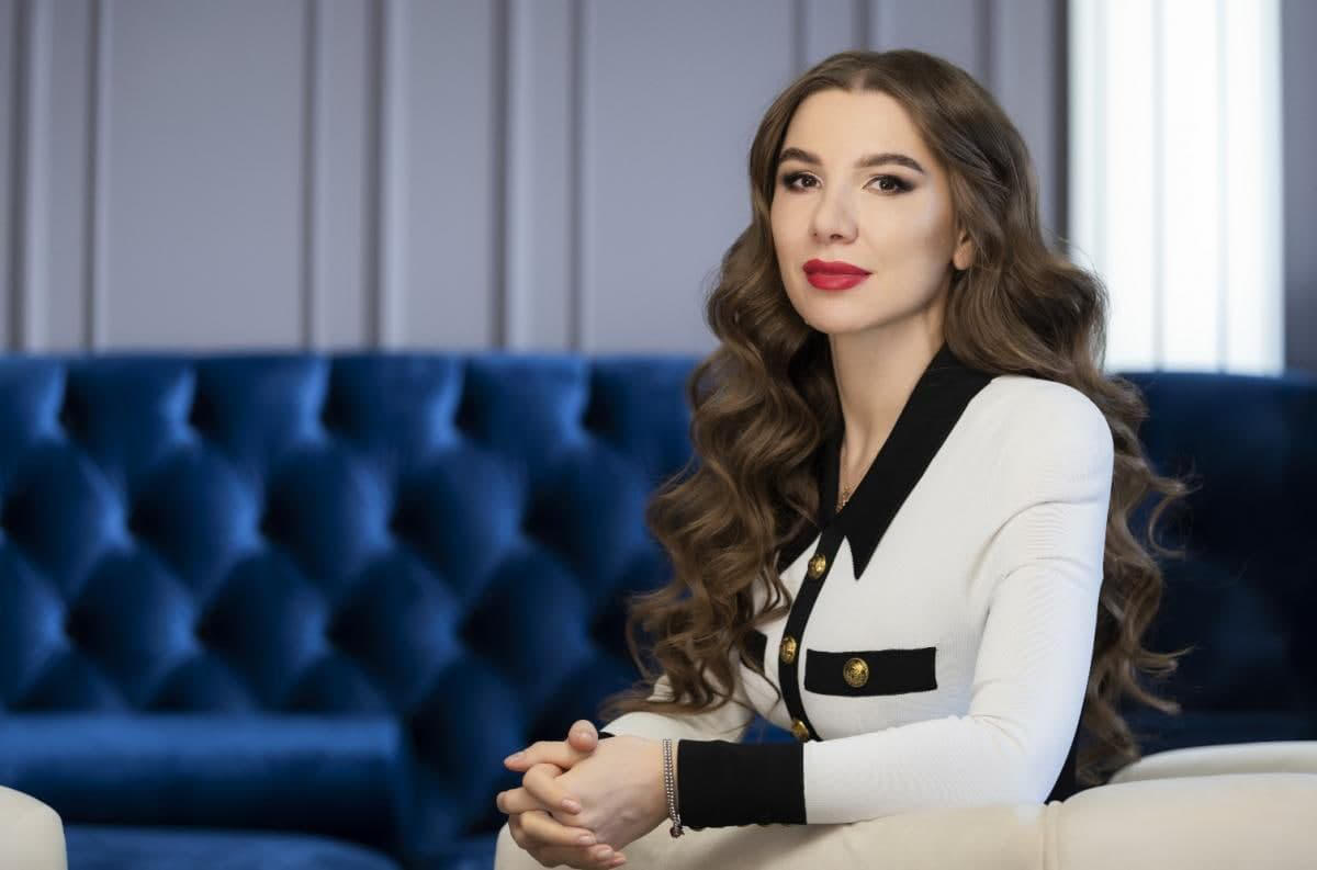 "Alyona Degrik Shevtsova is in the top Ukrainian CEOs of companies by the ""Women's Leadership"" Awards"