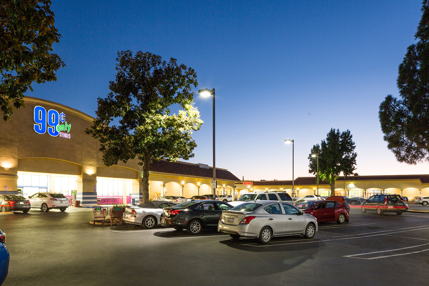 Hanley Investment Group Completes Four-Property Break-up Sale at Sacramento Area Shopping Center Totaling $11.4 Million