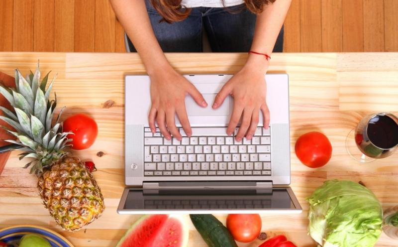 Online B2B Food Market Jump on Biggest Revenue Growth | Apiko, Haywheel, CaterNation, go4WorldBusiness