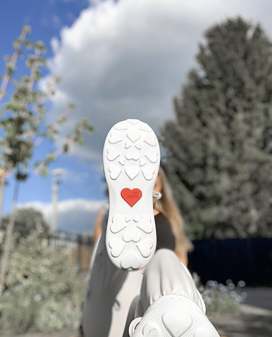 Heelscape.Com Becomes a Hotspot for Designer Sneaker and Fashion Gift Items