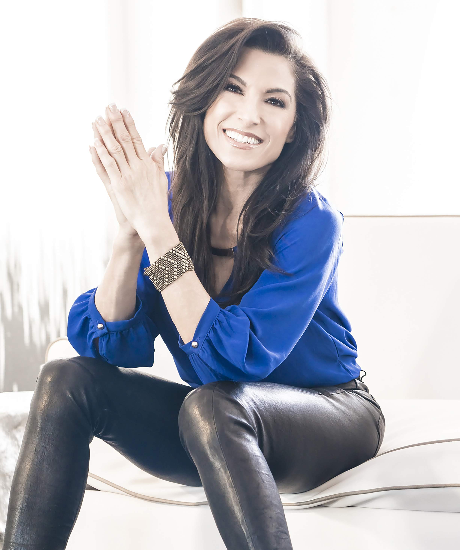"Celebrity Wellness Coach Rebecca Kordecki Says ""Let's Breathe, Nashville!"""