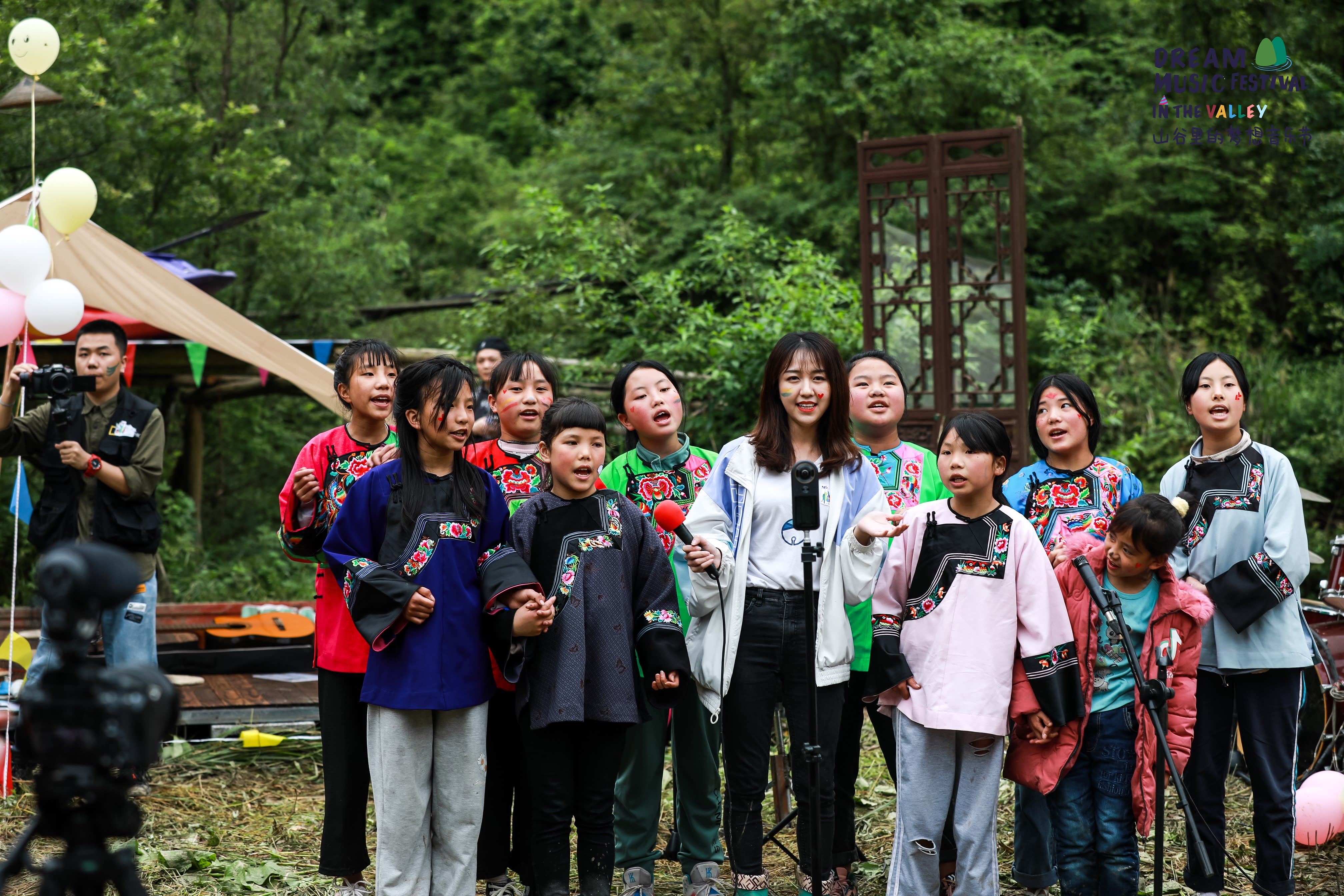 """Kindforce Organizes """"Dream Music Festival"""" in the Valley as they continue to Drum Support for Chinese Kids Education"""