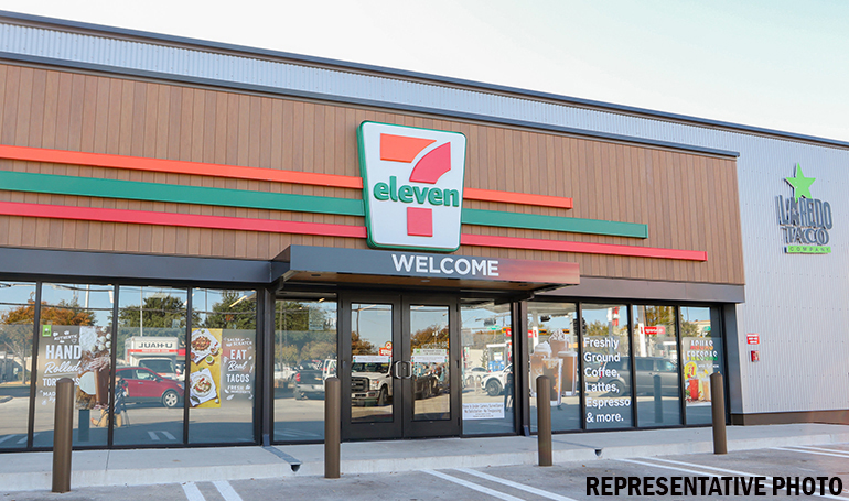 RealSource Arranges Pre-Sale of New 7-Eleven in Arlington, Texas in Off-Market Transaction