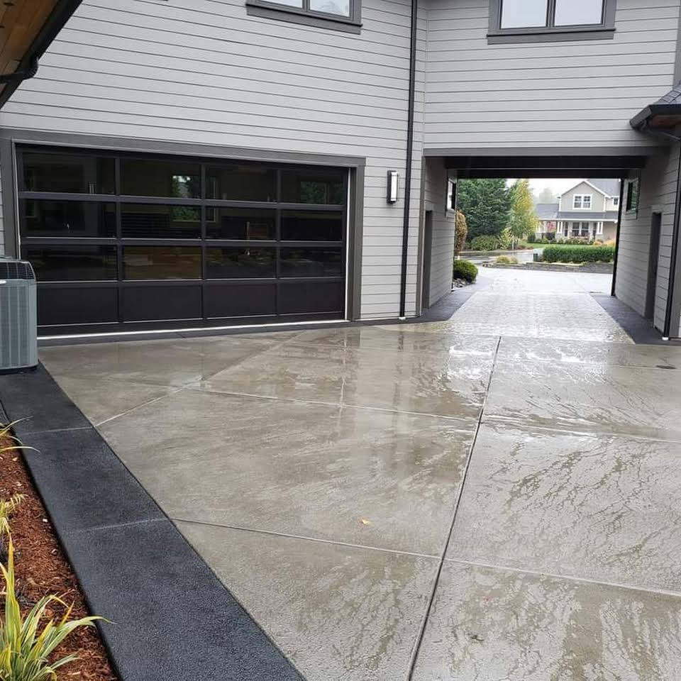 Lakeland Concrete Solutions Services The Lakeland Area and Receiving Great Reviews