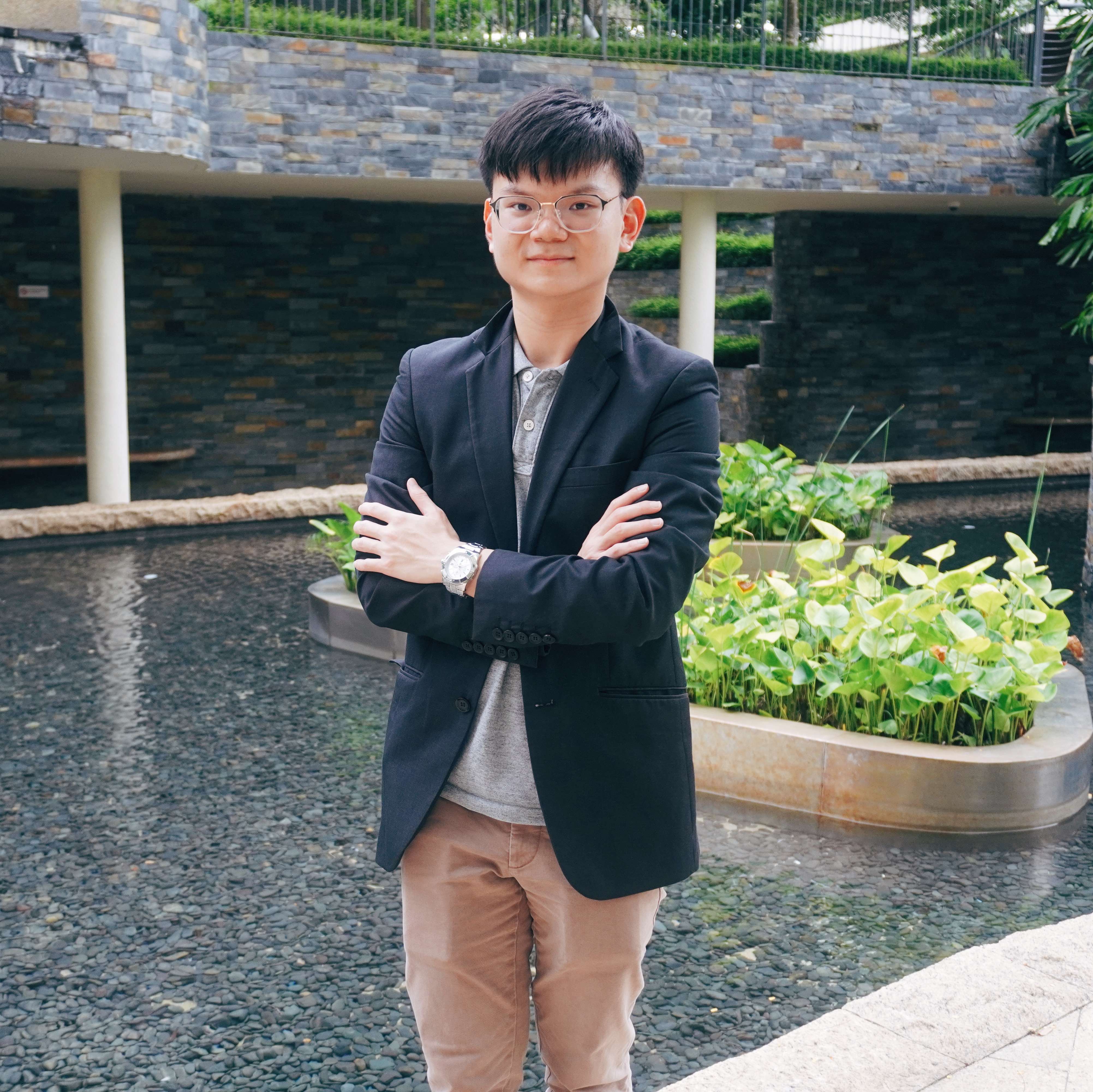 How a 26 Year Old Daniel Ang Impacts Thousands of Lives Through a Successful Financial Education Company