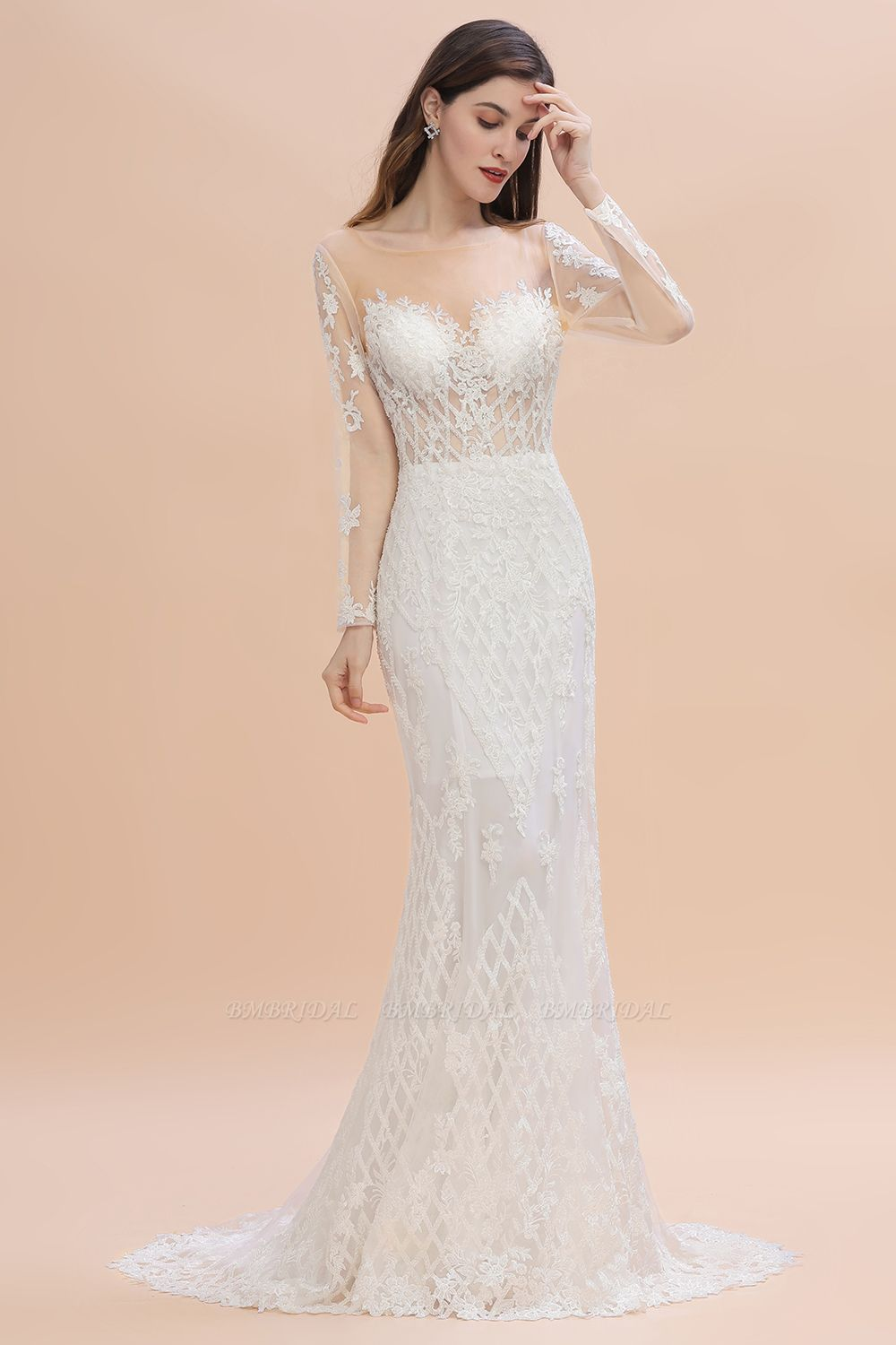 The Guide For Brides To Select Fabulous Wedding Dresses