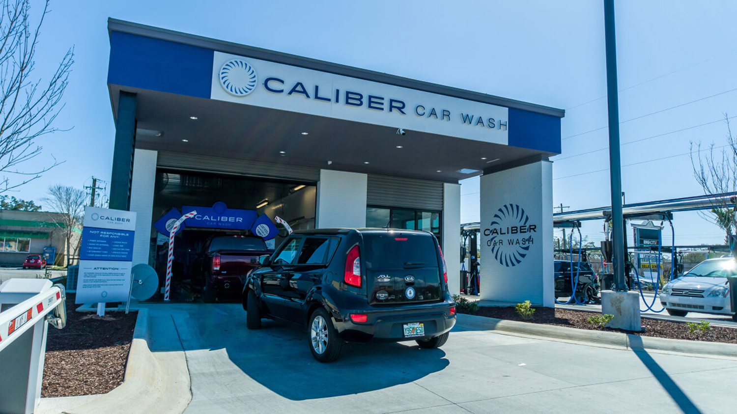 RealSource Arranges Pre-Sale of Brand-New Caliber Car Wash in Winter Park, Florida for $4.06 Million