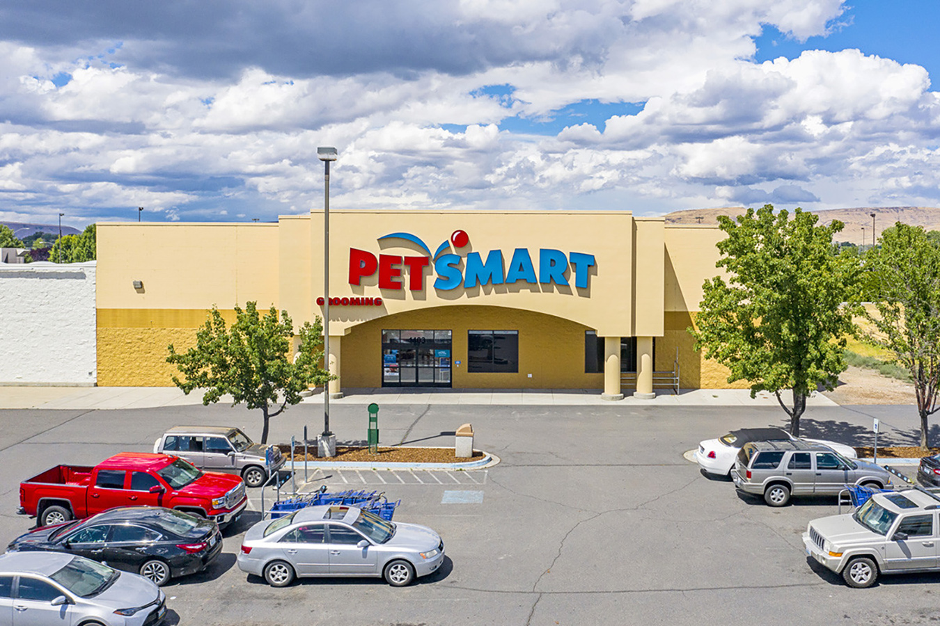 Hanley Investment Group Arranges Sale of Single-Tenant PetSmart in Yakima County, Washington for $3.3 Million and a 6.35% Cap Rate