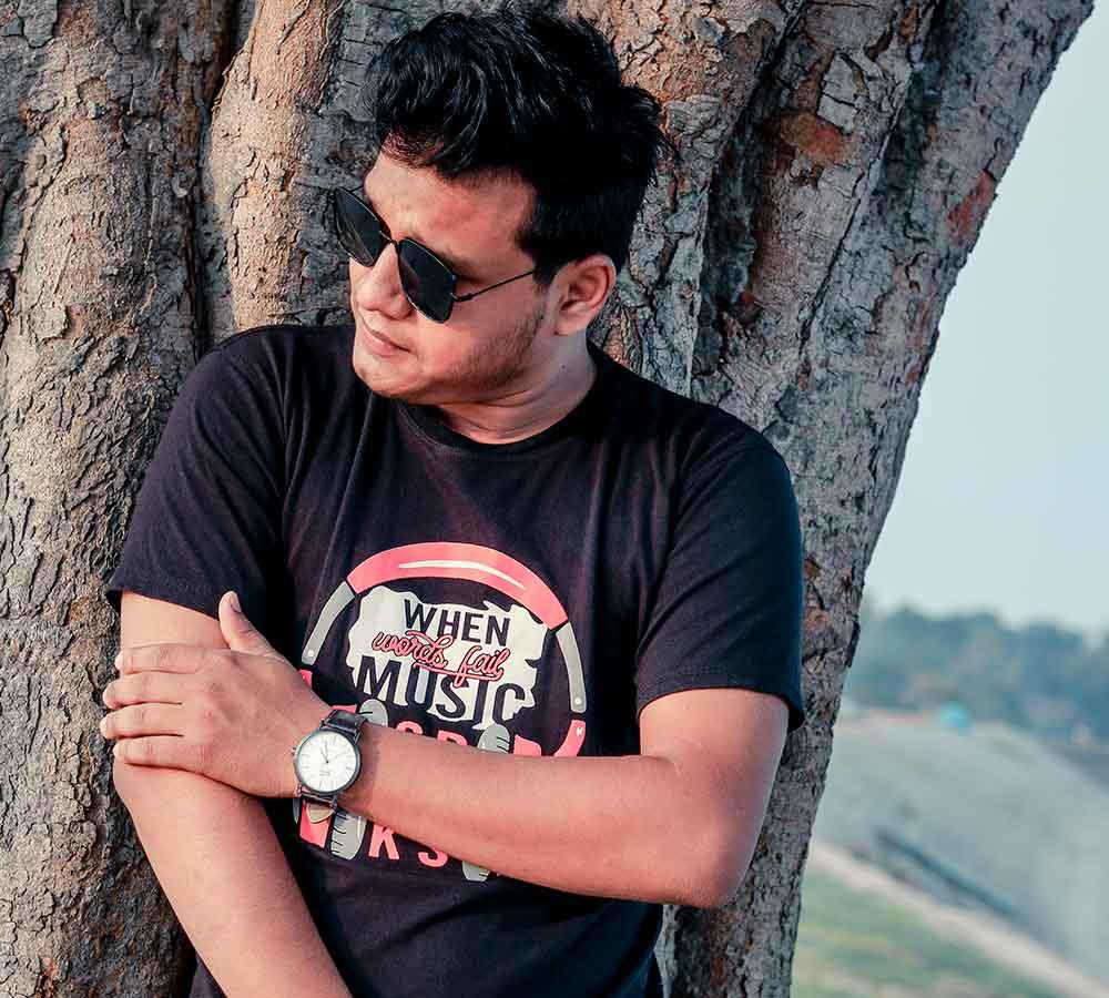 Bangladesh's Razikul Rasel Becomes an Entrepreneur, Writer and Musician at 24 Years of Age